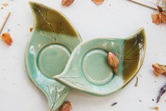 leaf tea bag/spoon rests.