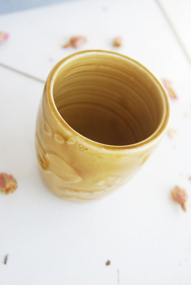 bee hive cup.