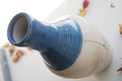i have an idea! bottle vase